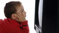 Çocuğunuzun Zihinsel Gelişimini Televizyonla Törpülemeyin